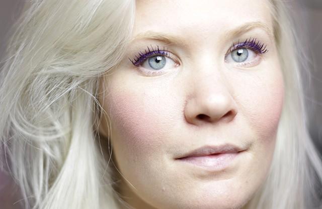 gekleurde eyeliner - sax and the pretty